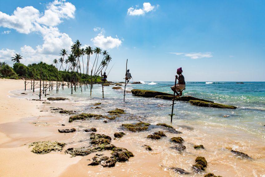 5 nights 6 days Sri Lanka itinerary, stilt fisherman, Sri Lanka Beach Holiday, Galle city tour