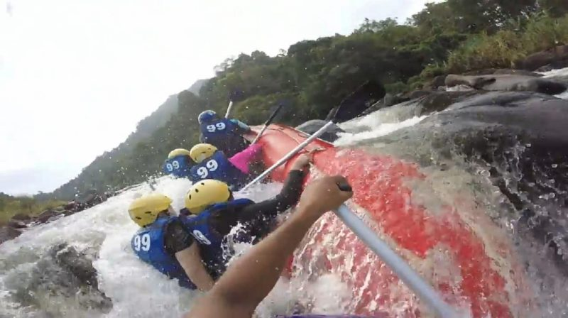 white water rafting kitulgala on Sri Lanka 4 day trip