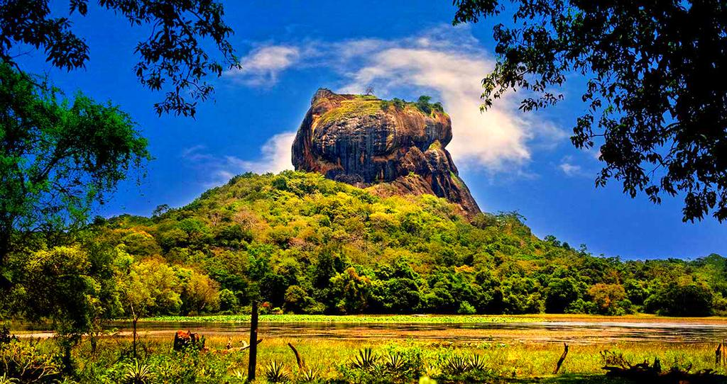 Sigiriya rock fortress,  is it worth visiting sri lanka, sri lanka visit