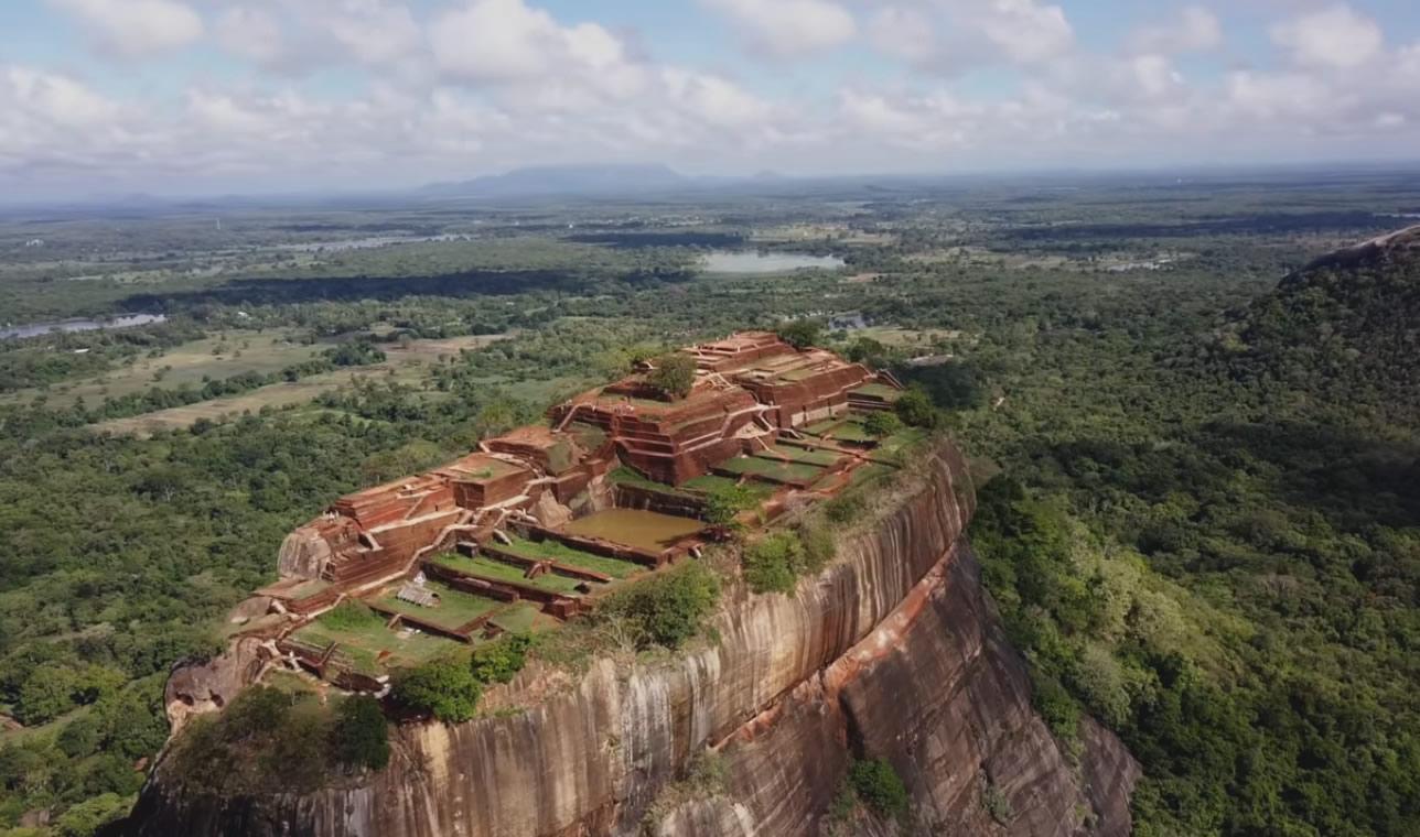 sigiriya rock Discovered in 18s