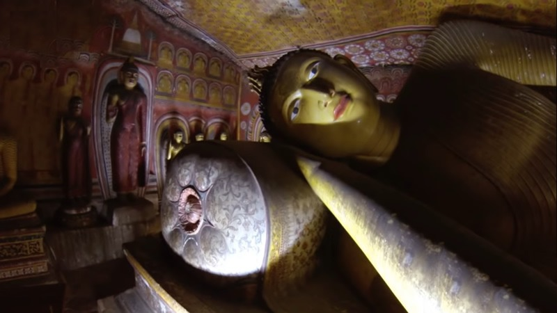 dambulla buddha statue, things to do in Kandy Sri Lanka
